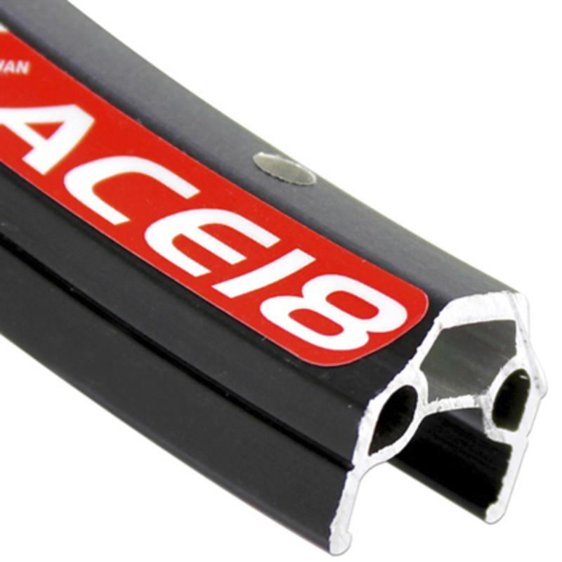 Jante Ace-18 à 36 trous de 26 po Argent
