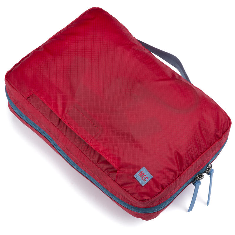 Travel Light Wash Bag Red Pepper
