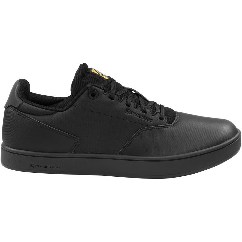 Chaussures District Noir