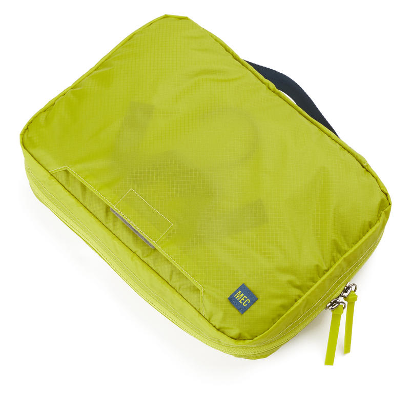 Travel Light Wash Bag Lima