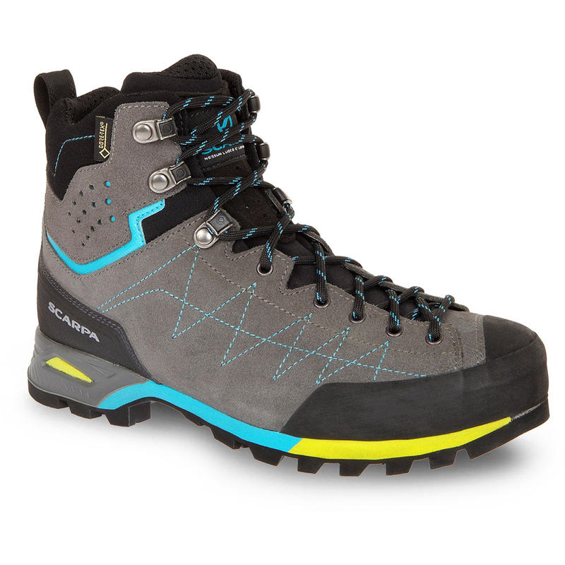 9b8b3cac493 Hiking boots | MEC