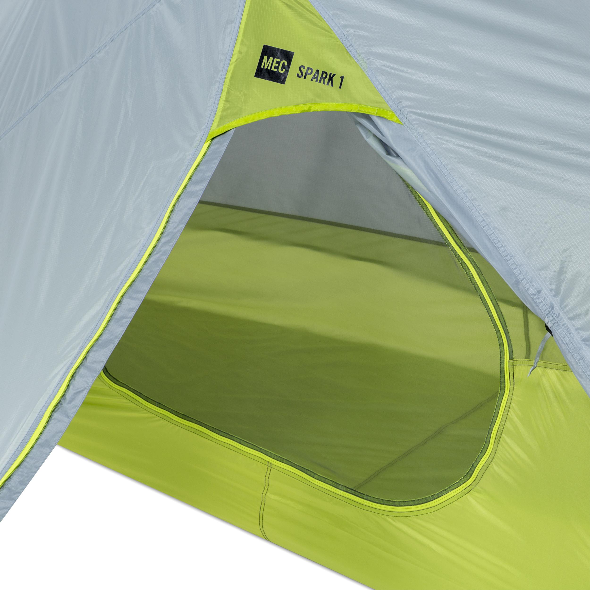 & MEC Spark 1 Tent