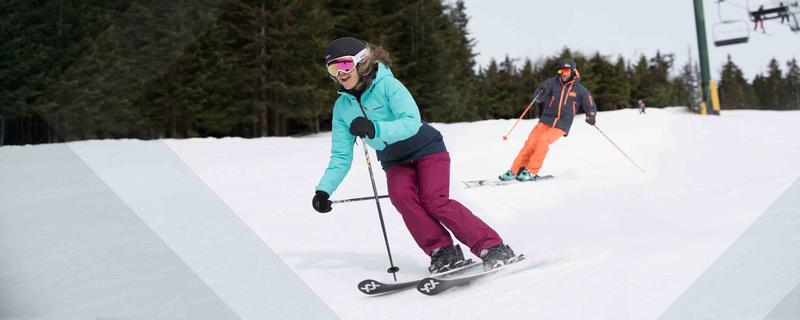 17_CM_0016_Ski_Shop_promo_5x2_Ski-General.jpg