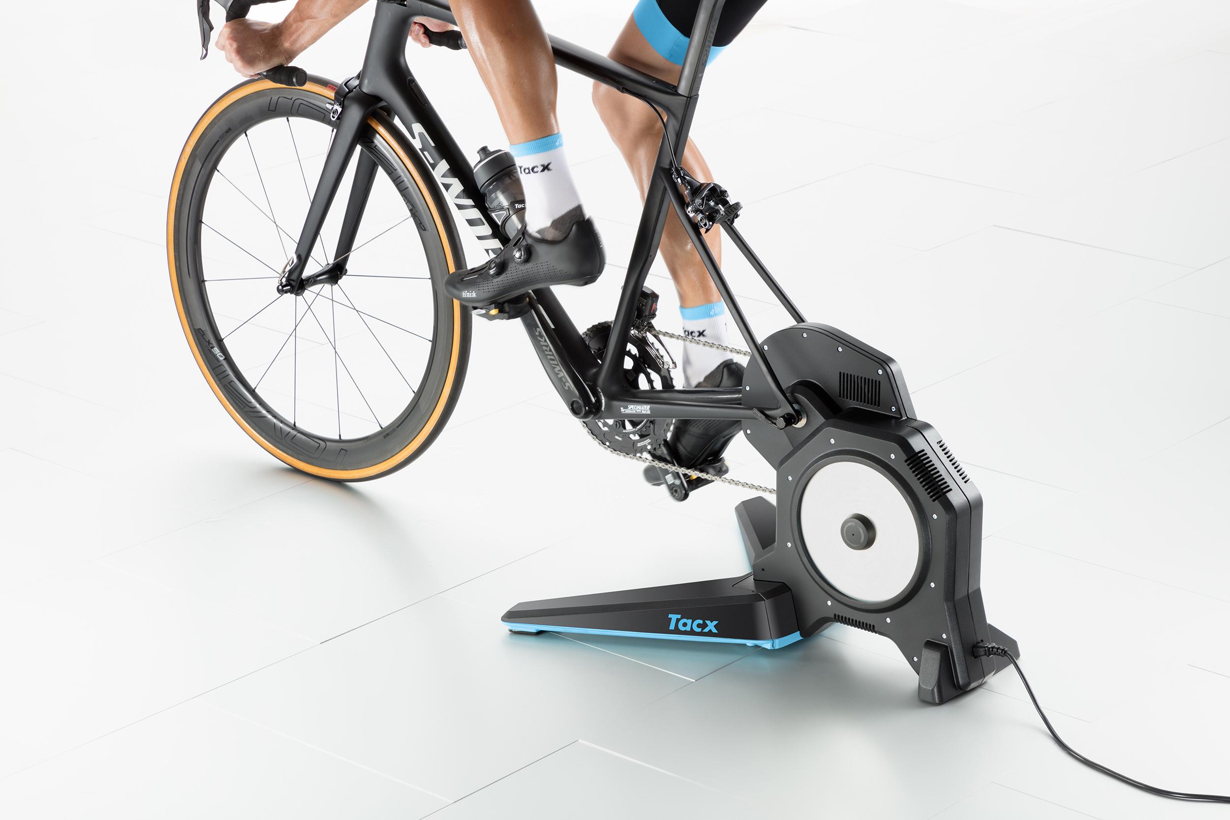 Flux 2 Smart Tacx Trainer Magnetic