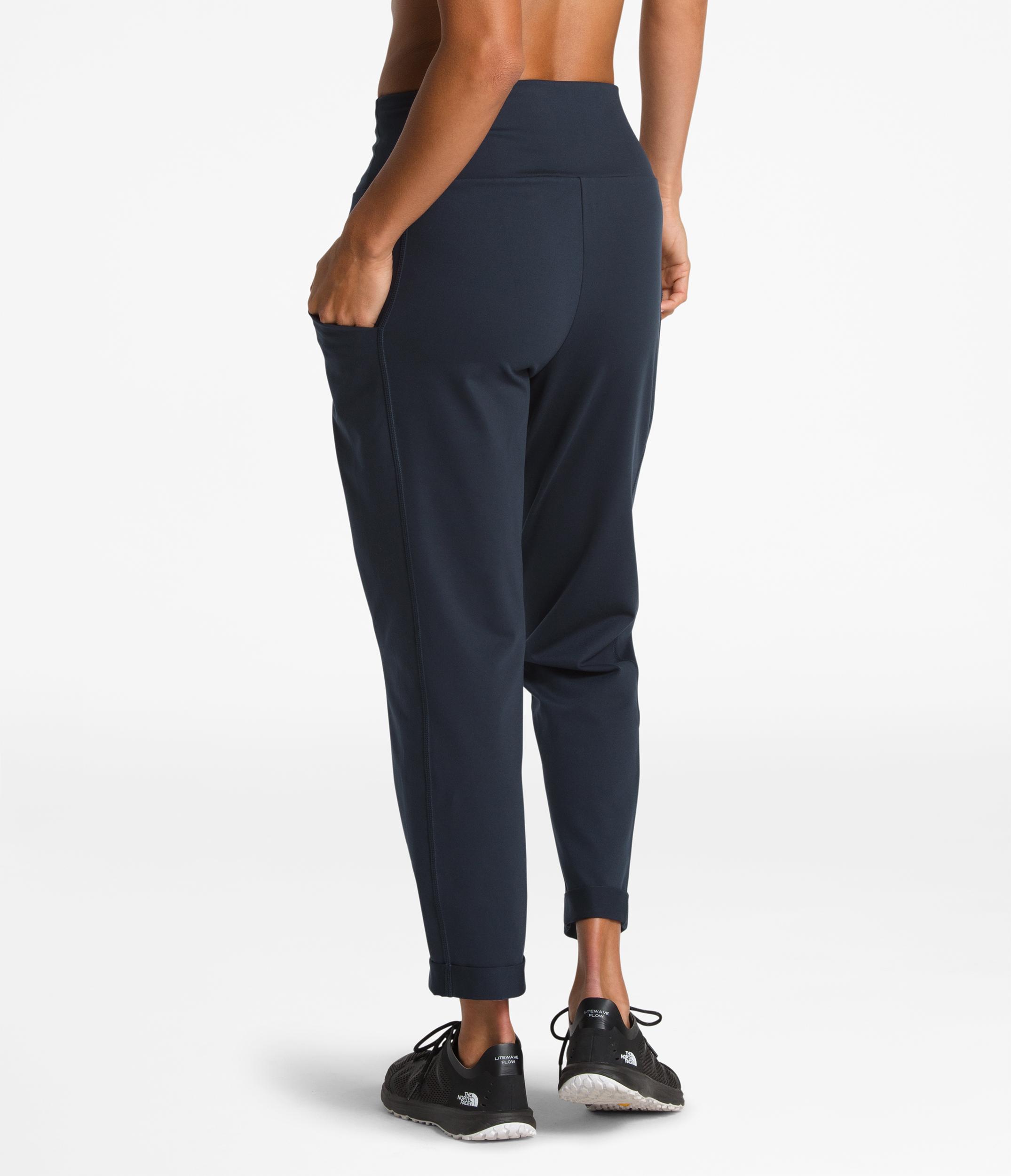 ad06a15f85b2d The North Face Motivation High-Rise 7/8 Pants - Women's   MEC