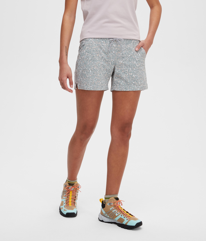 c7b3d0af0 Hiking clothing | MEC