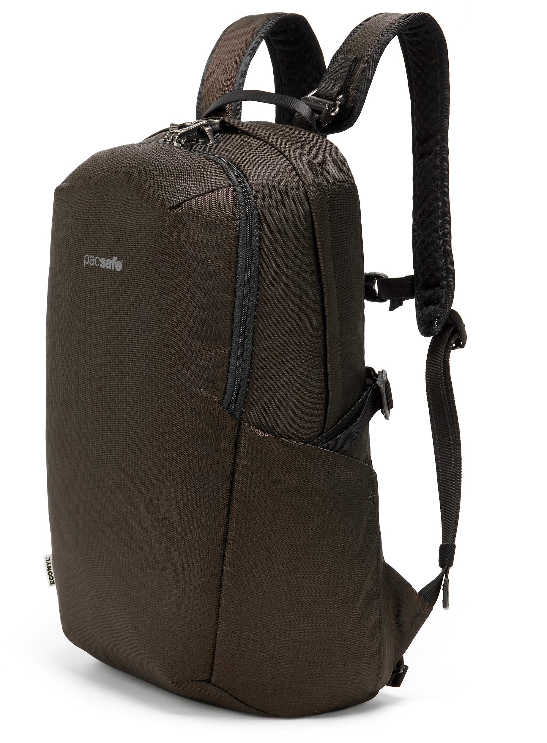 16f6848fe144 Packs and bags | MEC